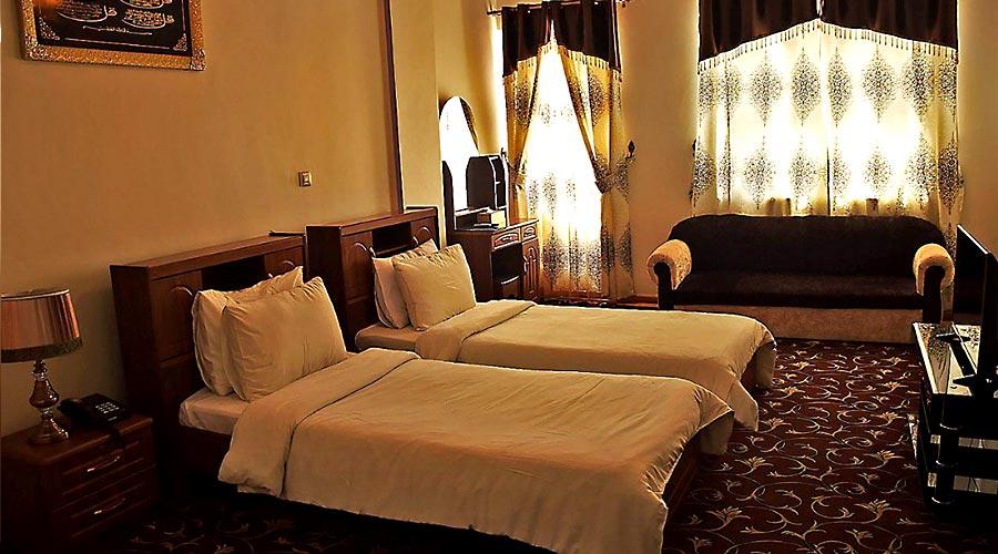 اتاق 2 هتل فردوس چابهار