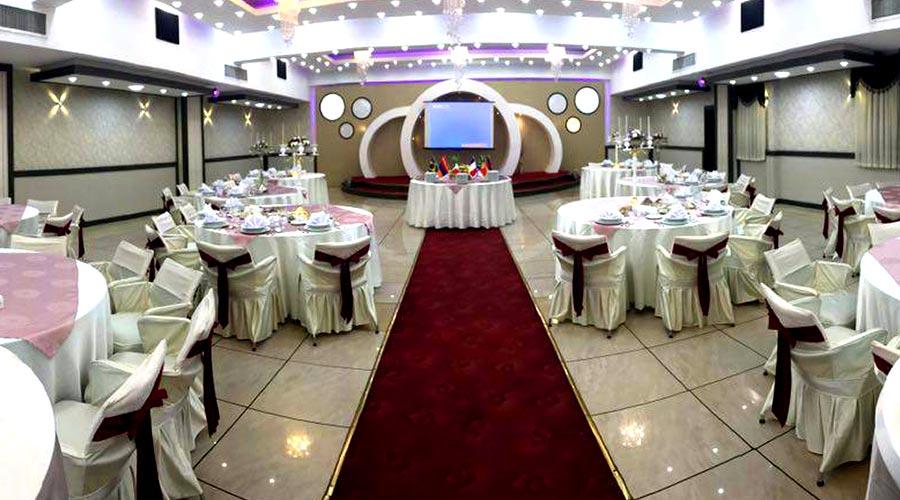 سالن مراسمات هتل گسترش