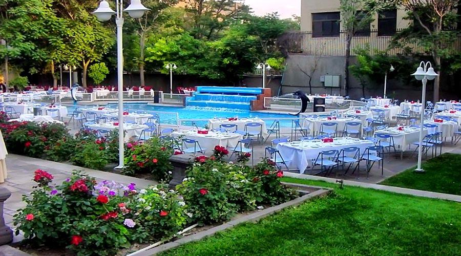 رستوران بیرونی 2 هتل بین المللی تبریز