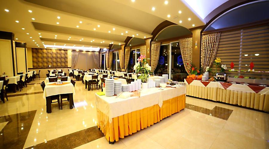 رستوران 3 هتل بین المللی تبریز
