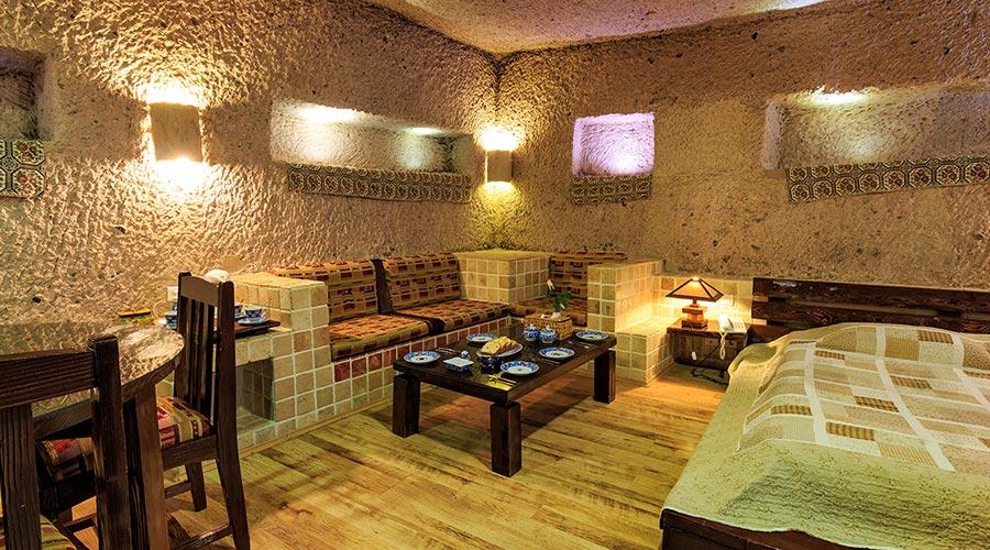 اتاق 3 هتل صخره ای لاله کندوان
