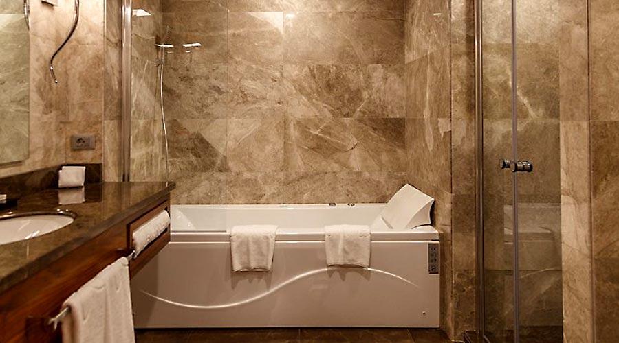 سرویس هتل کایا پارک لاله تبریز