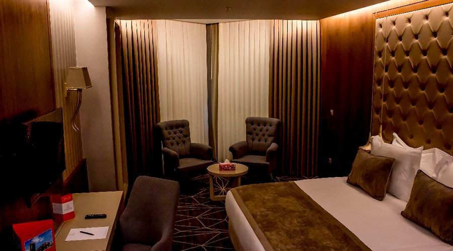 اتاق 2 هتل کایا پارک لاله تبریز