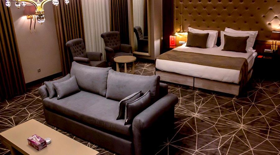 اتاق 6 هتل کایا پارک لاله تبریز