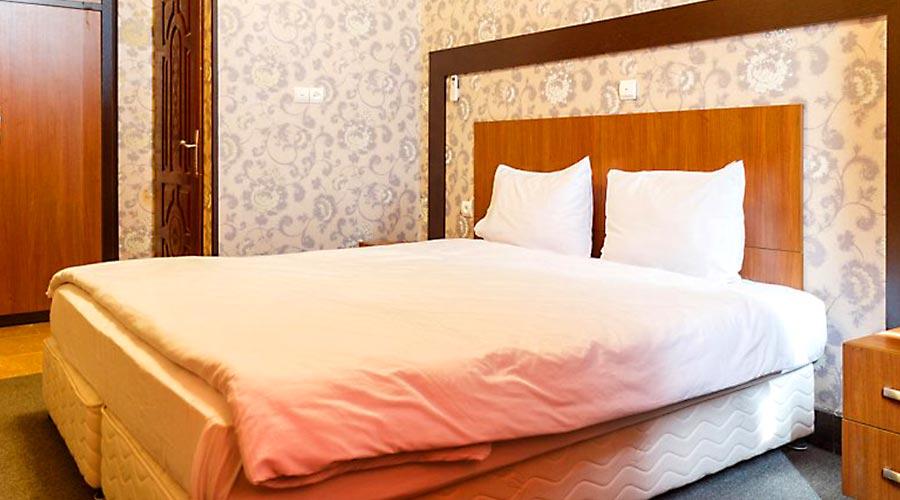 اتاق 4 هتل کیمیا 3 قشم