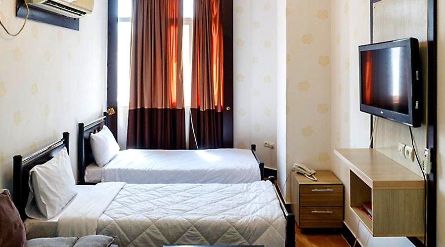 اتاق 5 هتل کیمیا 3 قشم