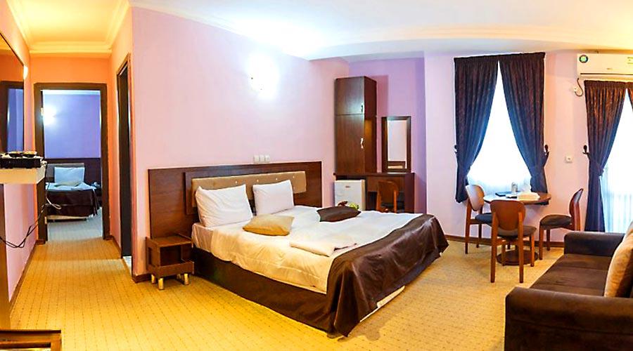 اتاق 6 هتل کیمیا 4 قشم
