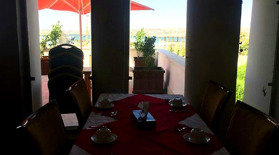 رستوران 1 هتل لاله چابهار