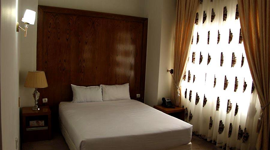 اتاق 1 هتل لیپار چابهار