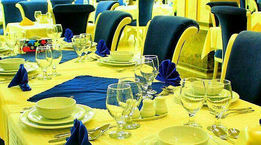 رستوران 2 هتل لیپار چابهار
