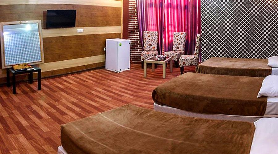 اتاق 3 هتل نخل زرین قشم