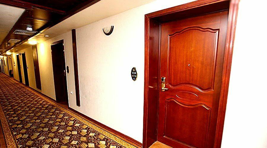 راهرو هتل پارمیدا کیش
