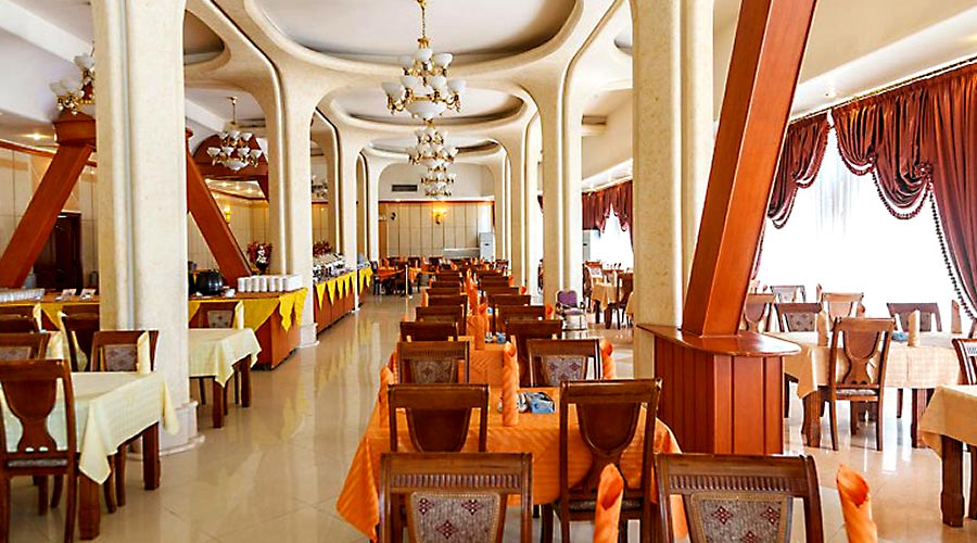 رستوران هتل پارمیس کیش