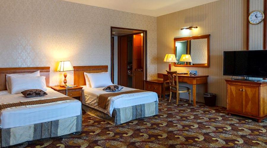 اتاق 2 هتل پارمیس کیش