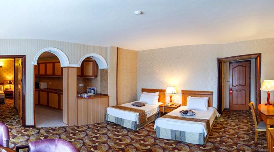 اتاق 4 هتل پارمیس کیش