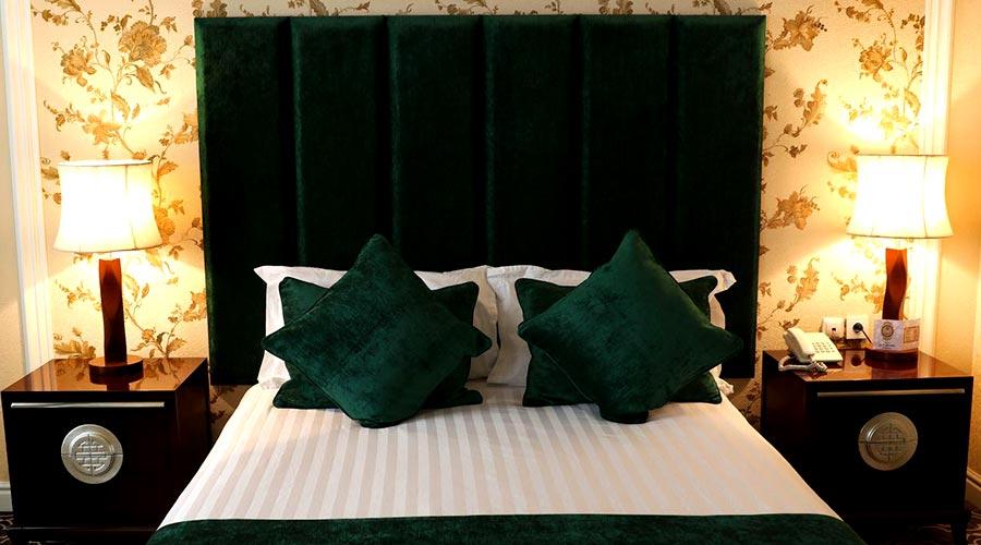 اتاق 4 هتل شهریار تبریز