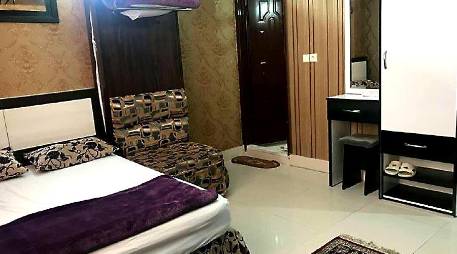 اتاق 2 هتل آپارتمان آیسان مشهد