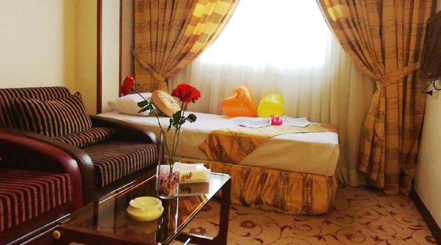 اتاق 1 هتل عماد مشهد