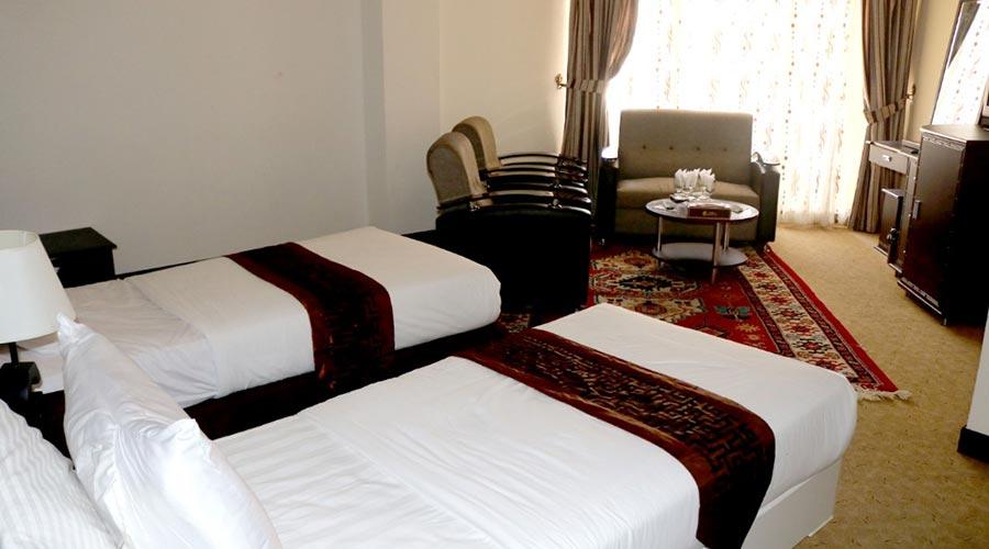 اتاق 2 هتل گامبرون کیش