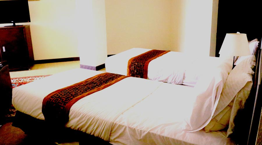اتاق 3 هتل گامبرون کیش