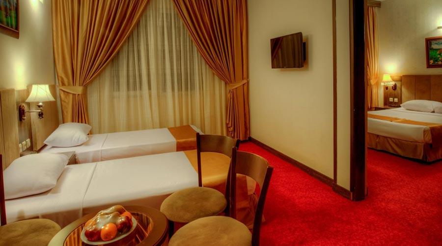 اتاق 3 هتل کیانا مشهد