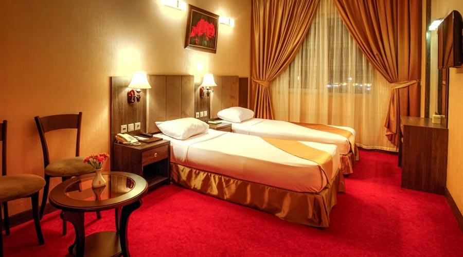 اتاق 4 هتل کیانا مشهد