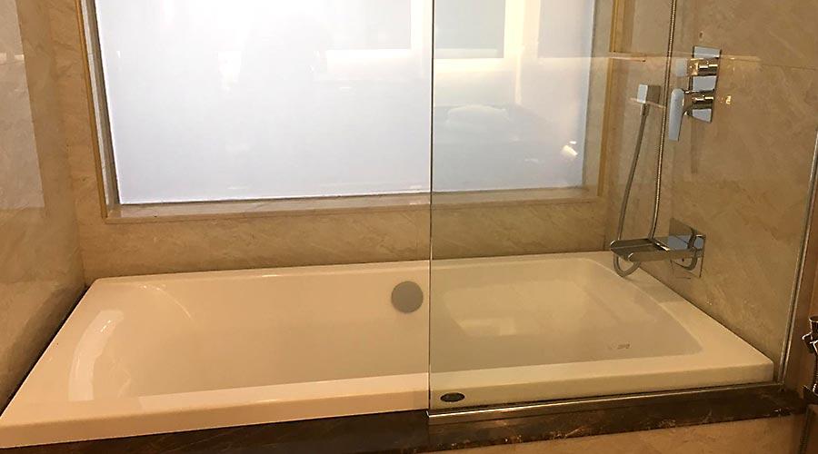 حمام هتل کوروش کیش