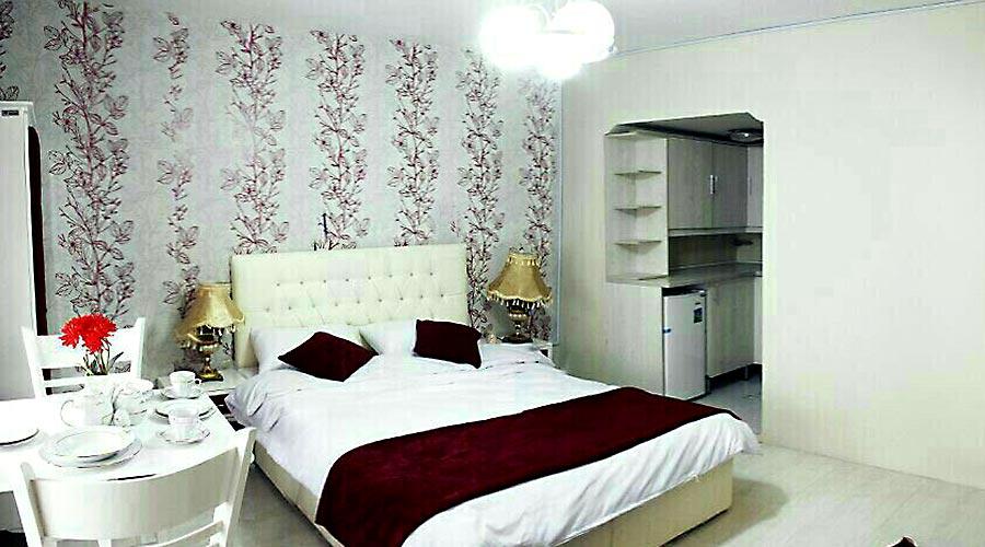 اتاق 4 هتل سعدی مشهد