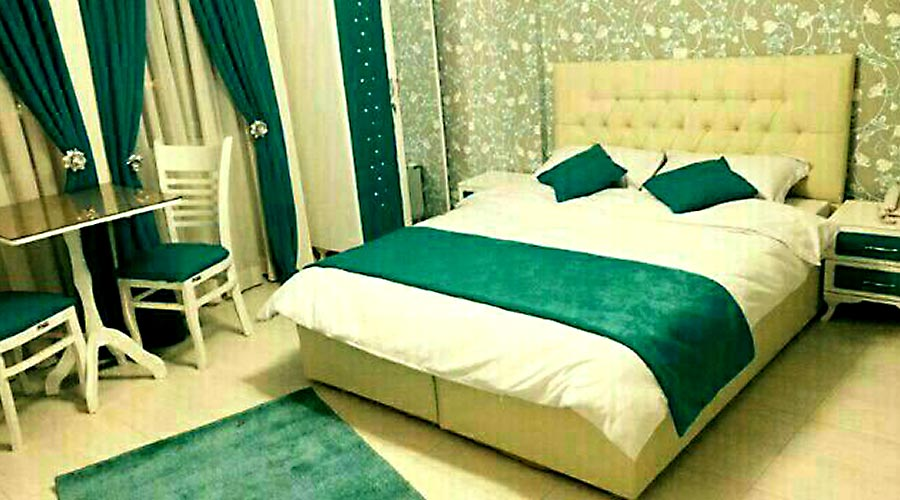 اتاق 5 هتل سعدی مشهد