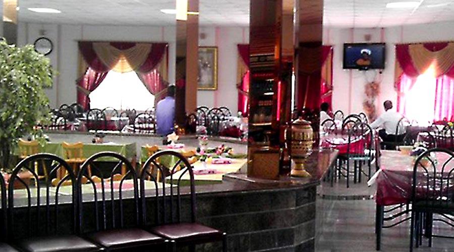 رستوران هتل سیمرغ کیش