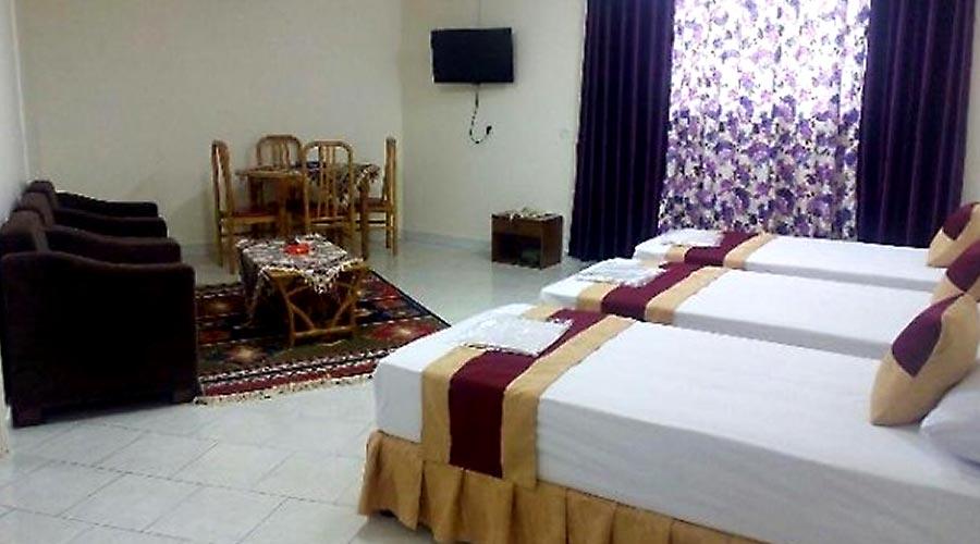 اتاق 2 هتل سیمرغ کیش