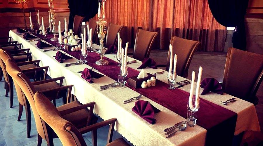رستوران 1هتل ویدا کیش
