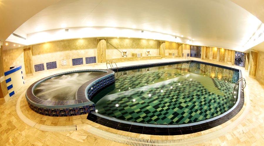 استخر هتل ویدا کیش