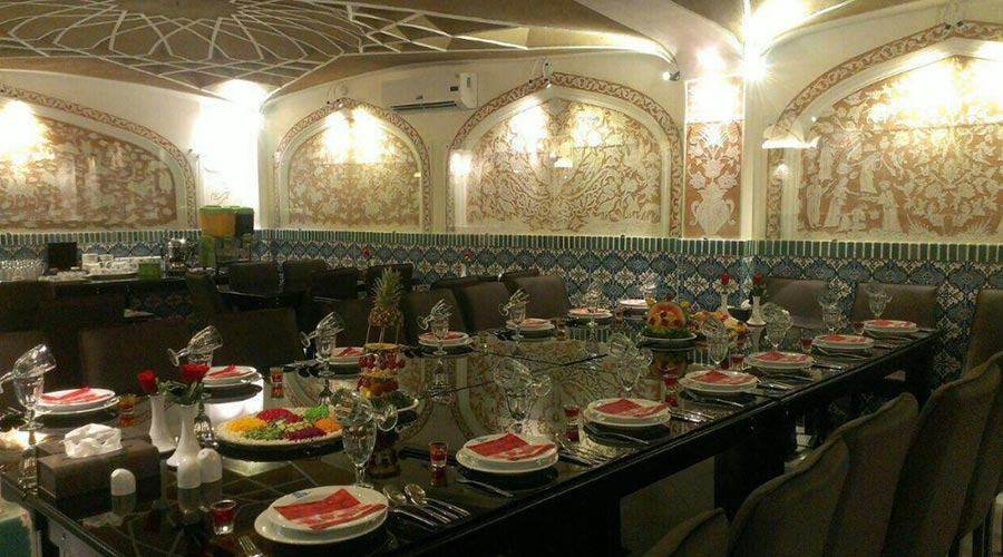 رستوران هتل فاضلی یزد