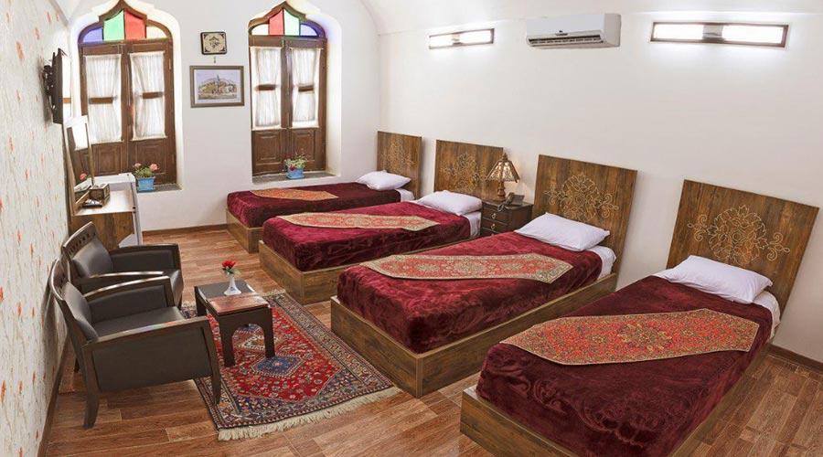اتاق 1 هتل فاضلی یزد