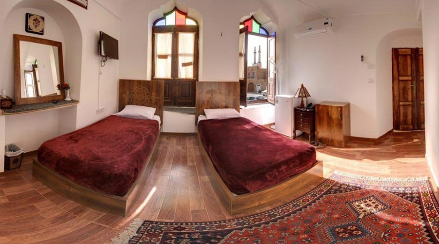 اتاق 3 هتل فاضلی یزد