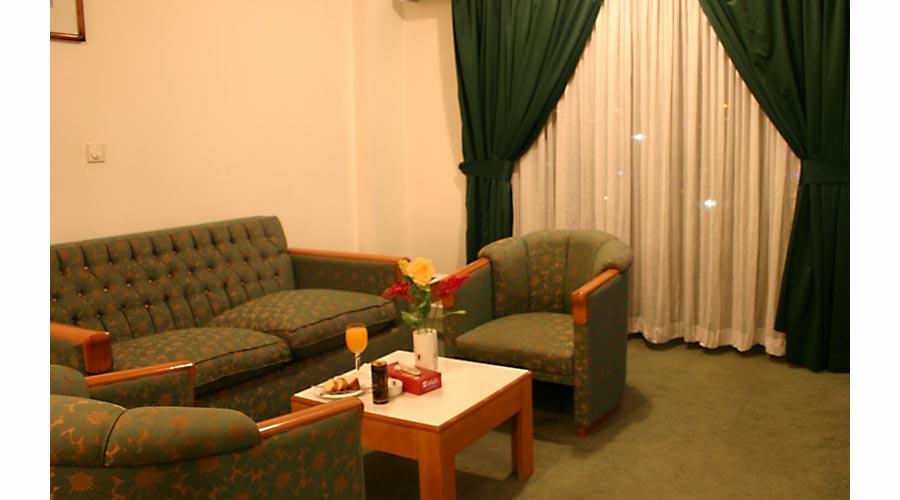 اتاق 4 هتل لاله سرعین