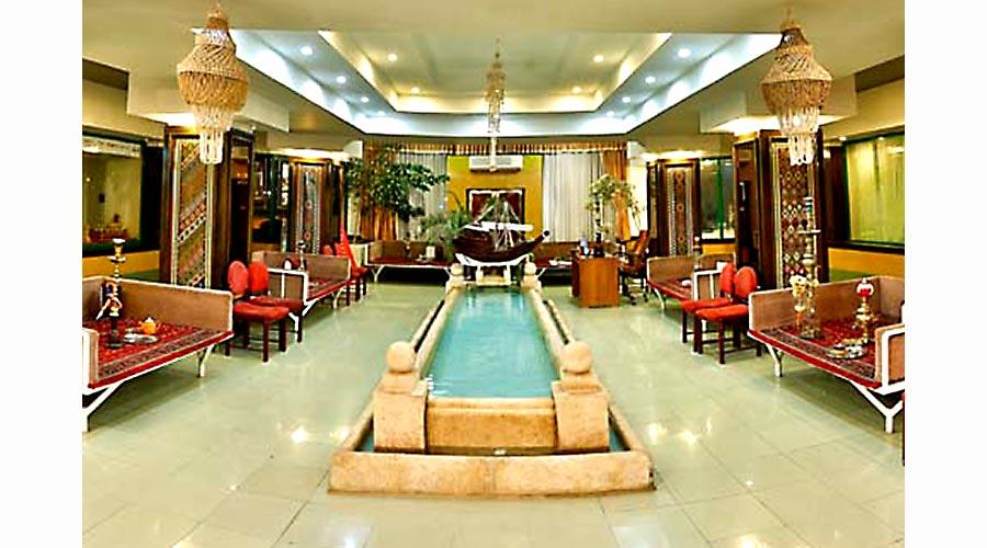 رستوران سنتی هتل لاله سرعین
