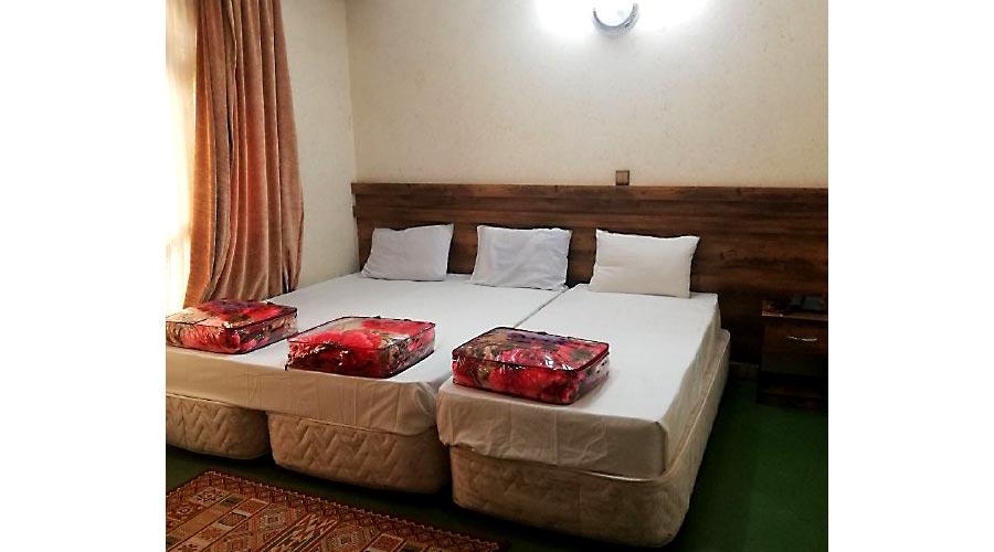 اتاق 1 هتل پارمین مشهد
