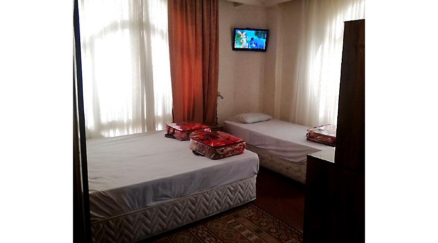 اتاق 2 هتل پارمین مشهد