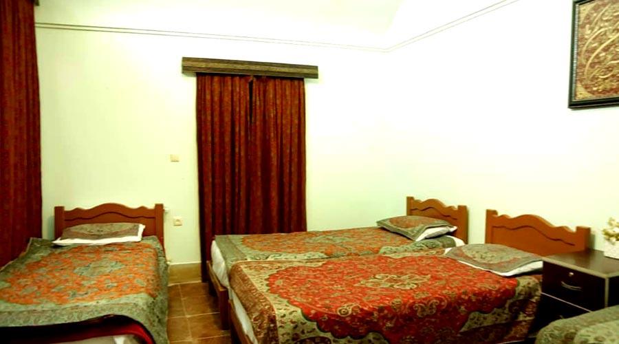 اتاق 3 هتل ترمه یزد