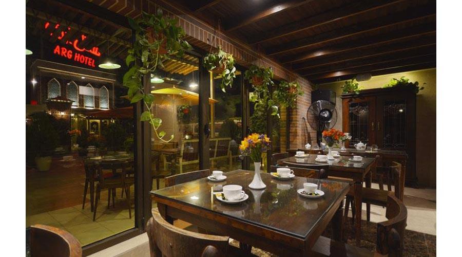 کافی شاپ هتل ارگ شیراز