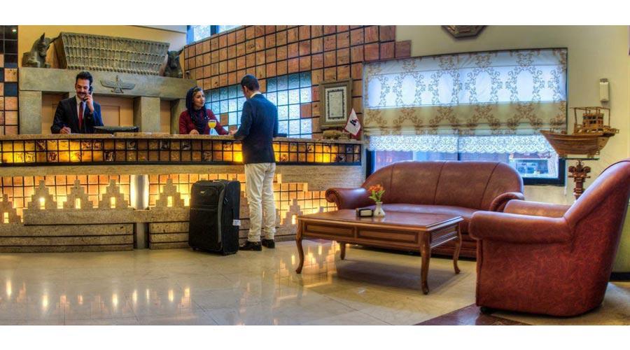 پذیرش هتل آریوبرزن شیراز