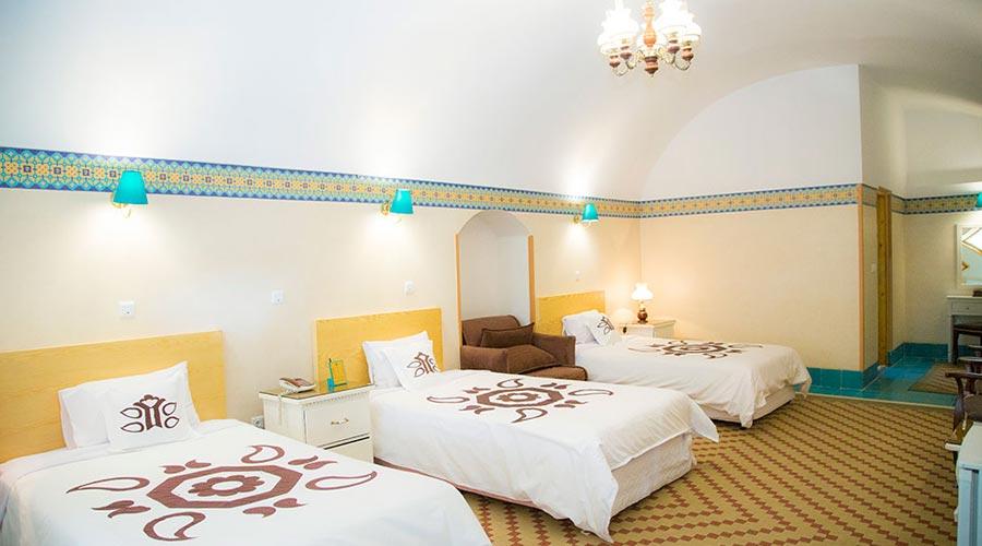 اتاق 1 هتل داد یزد