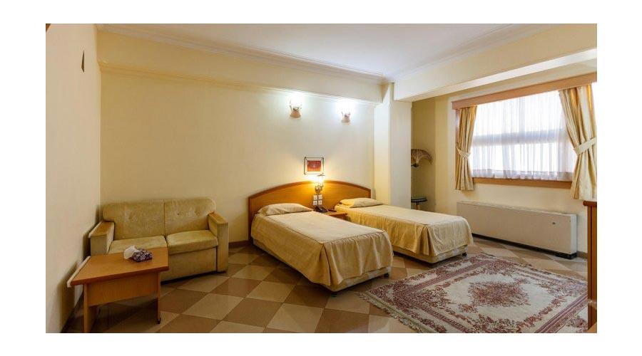اتاق 1 هتل ارم شیراز