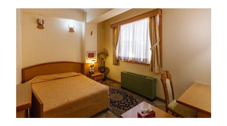 اتاق هتل ارم شیراز
