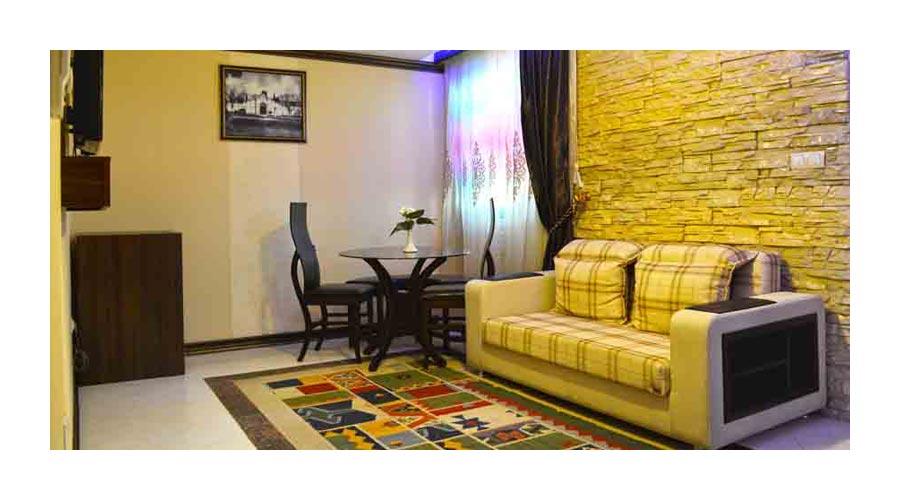 اتاق 3 هتل کریمخان شیراز