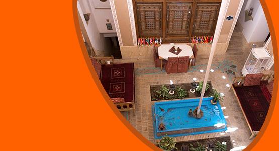 اطلاعات و جزئیات کامل هتل لب خندق