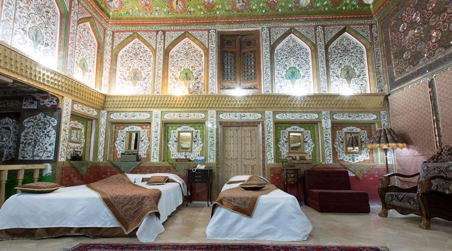 اتاق 2 هتل ملک التجار یزد