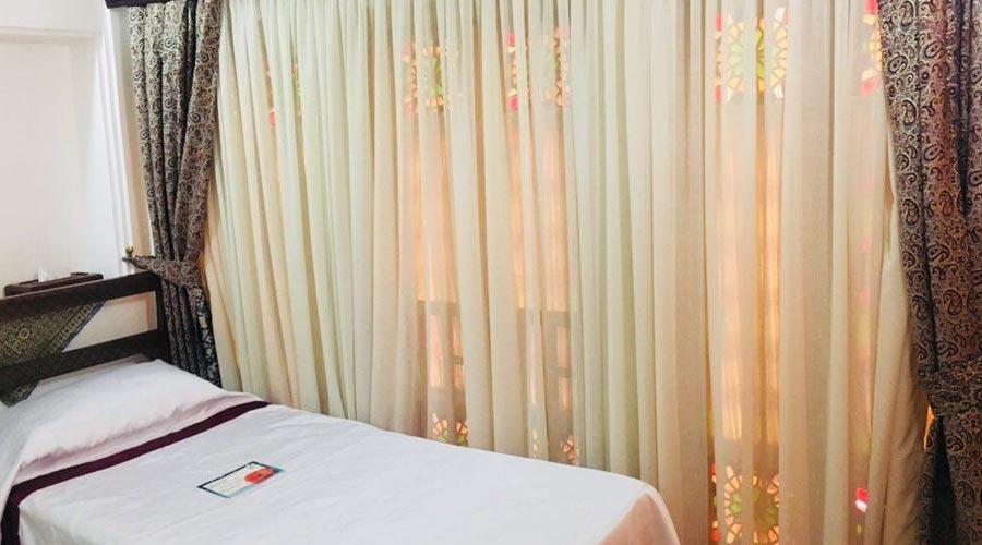 اتاق 7 هتل ملک التجار یزد